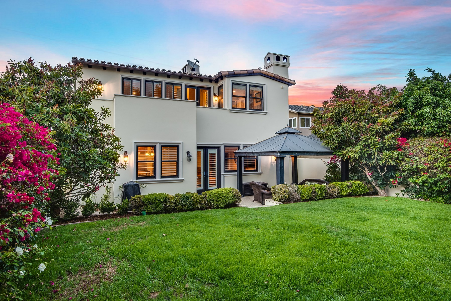 Single Family Home for Sale at 1506 Gates Ave Manhattan Beach, California 90266 United States