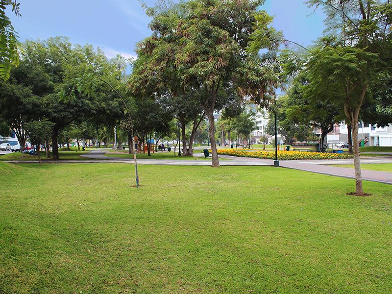 Appartamento per Vendita alle ore Moderno departamento cerca al Parque Tradiciones Manuel Irribarren Miraflores, Lima 18 Peru