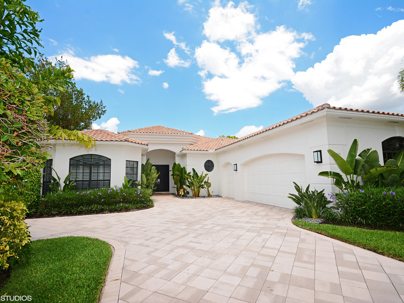 Single Family Home for Sale at 2890 Bent Cypress Rd Wellington, Florida 33414 United States