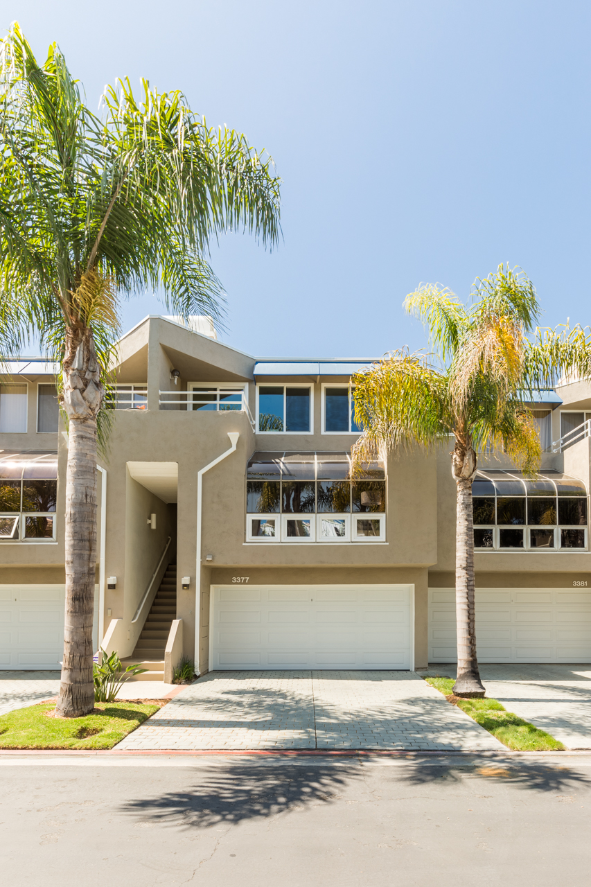 Townhouse for Sale at 3377 Bandit Circle Huntington Beach, California 92649 United States