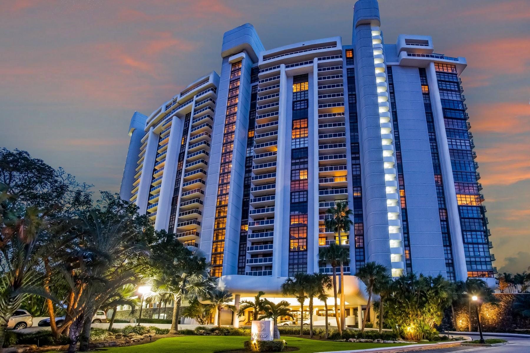 Appartement en copropriété pour l Vente à 9 Island Av # 709 9 Island Av Unit 709 Miami Beach, Florida 33139 États-Unis