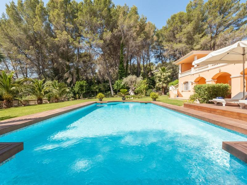 Property Of Villa frontline to golf course Son Vida