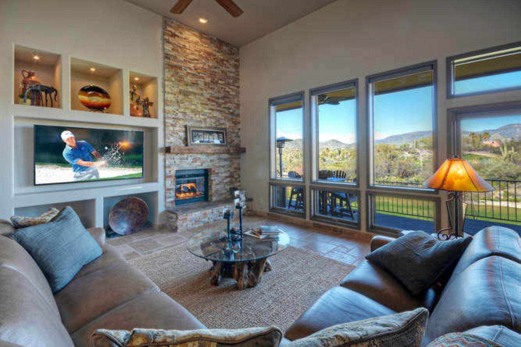 独户住宅 为 销售 在 Beautiful home was completely remodeled in 2015 5592 E Sugarloft Trail 凯夫克里克, 亚利桑那州 85331 美国