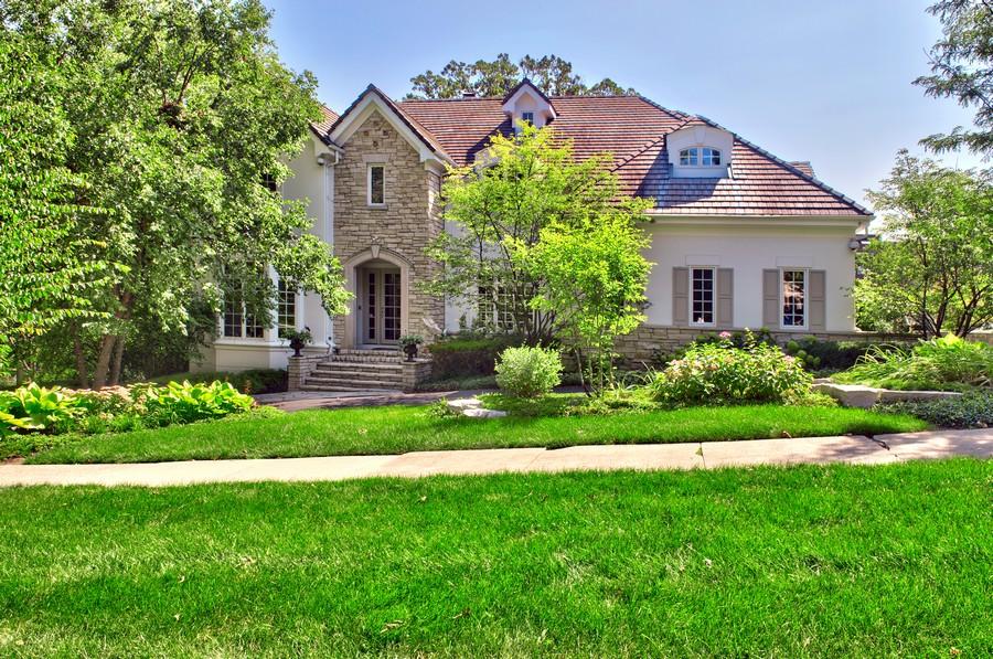Частный односемейный дом для того Продажа на 228 N Oak 228 Oak Lot B Hinsdale, Иллинойс 60521 Соединенные Штаты