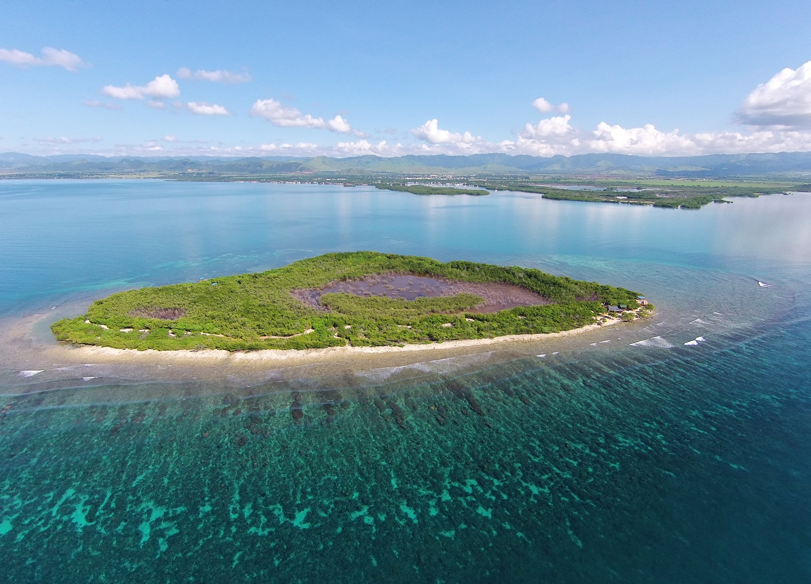 sales property at Private Island Cay, Salinas