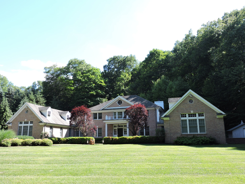 Villa per Vendita alle ore Hidden Meadows 24 Captain Theale Rd Bedford, New York 10506 Stati Uniti