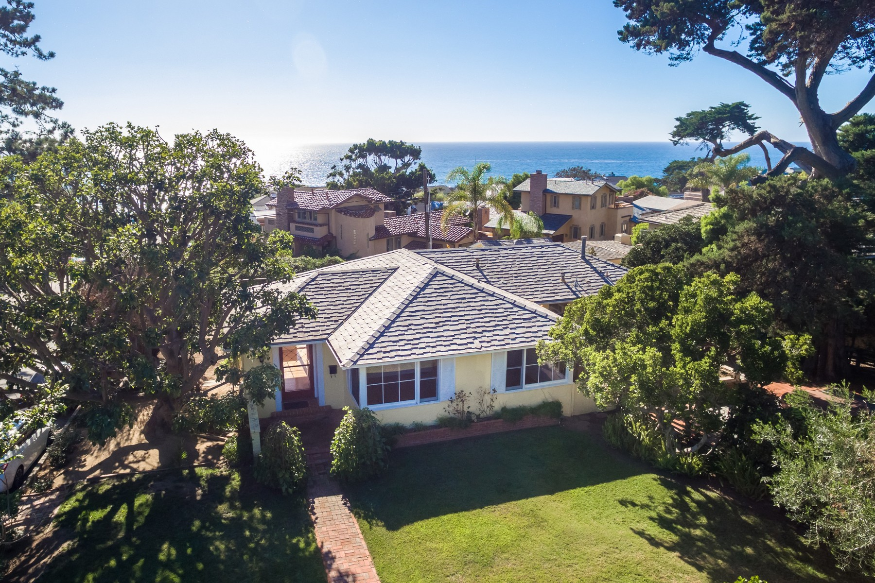 Single Family Home for Sale at 1206 Stratford Court Del Mar, California 92014 United States