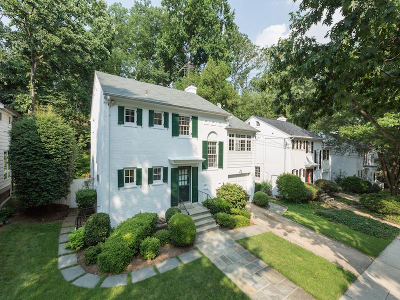 Casa Unifamiliar por un Venta en Woodley 3021 Cleveland Avenue Nw Washington, Distrito De Columbia 20008 Estados Unidos