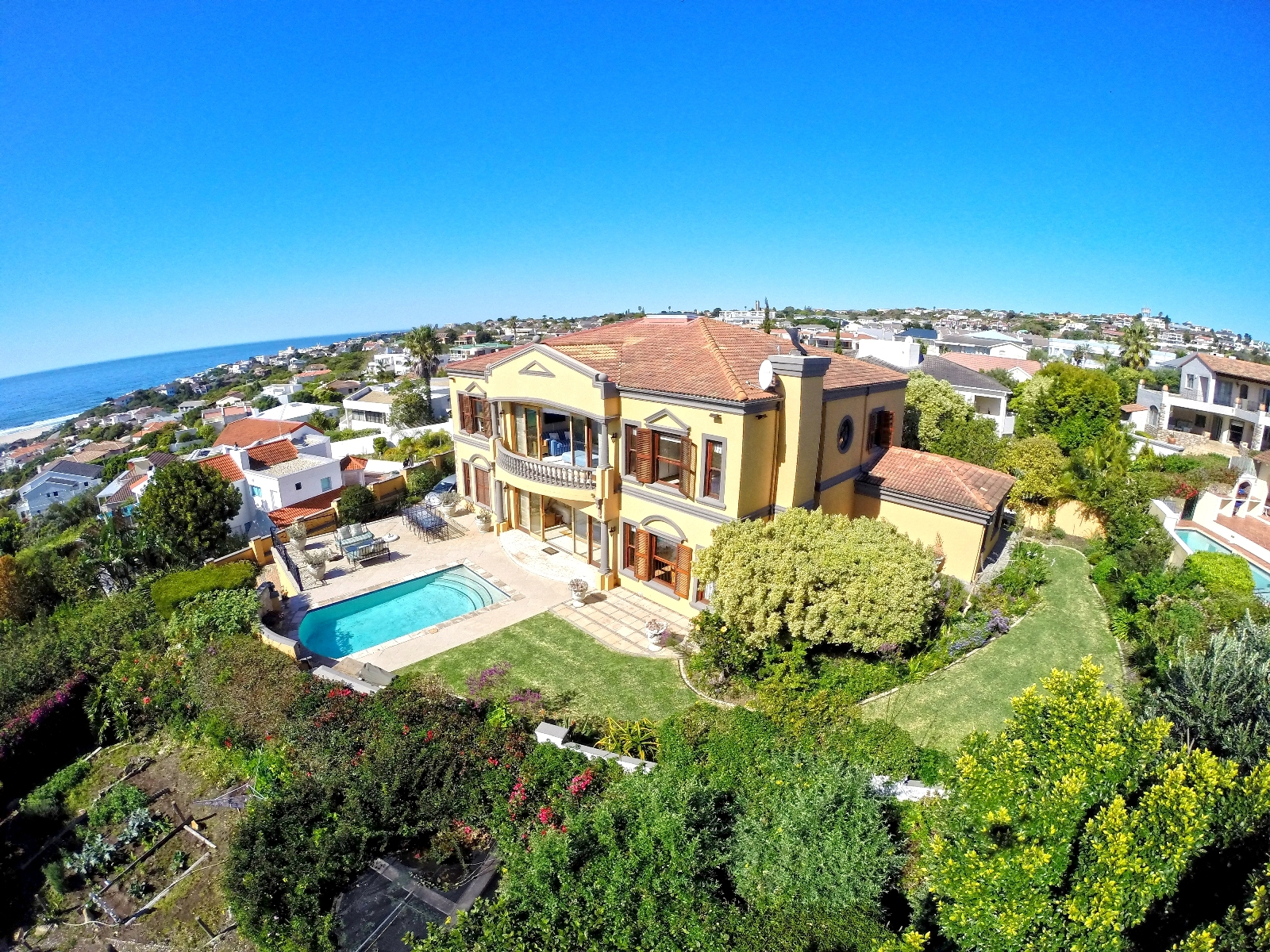 Maison unifamiliale pour l Vente à UPMARKET SEA VIEW HOME Plettenberg Bay, Cap-Occidental 6600 Afrique Du Sud