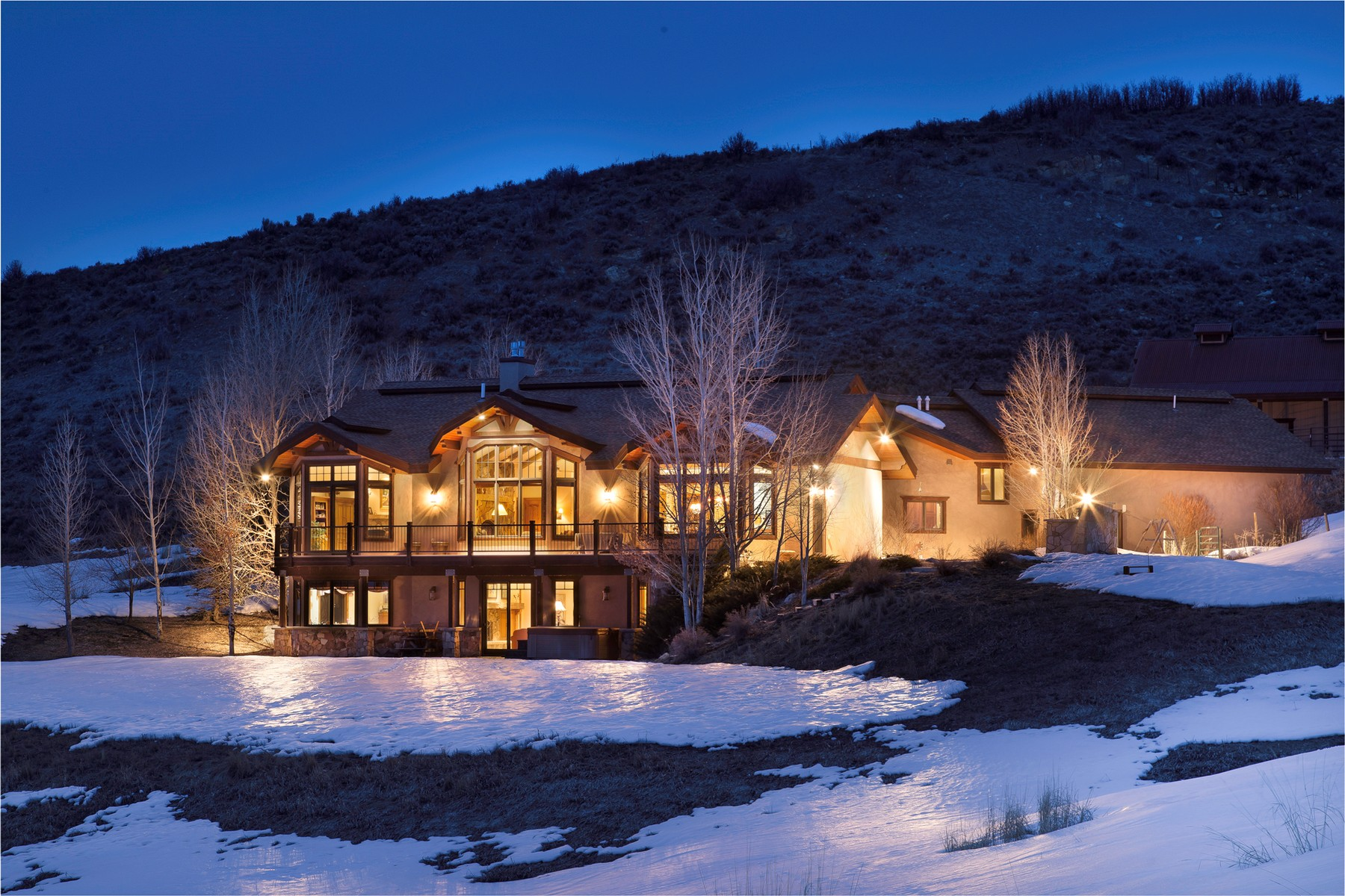 Einfamilienhaus für Verkauf beim Western Lifestyle with 15 Acres 24785 Bench Lane Steamboat Springs, Colorado 80487 Vereinigte Staaten