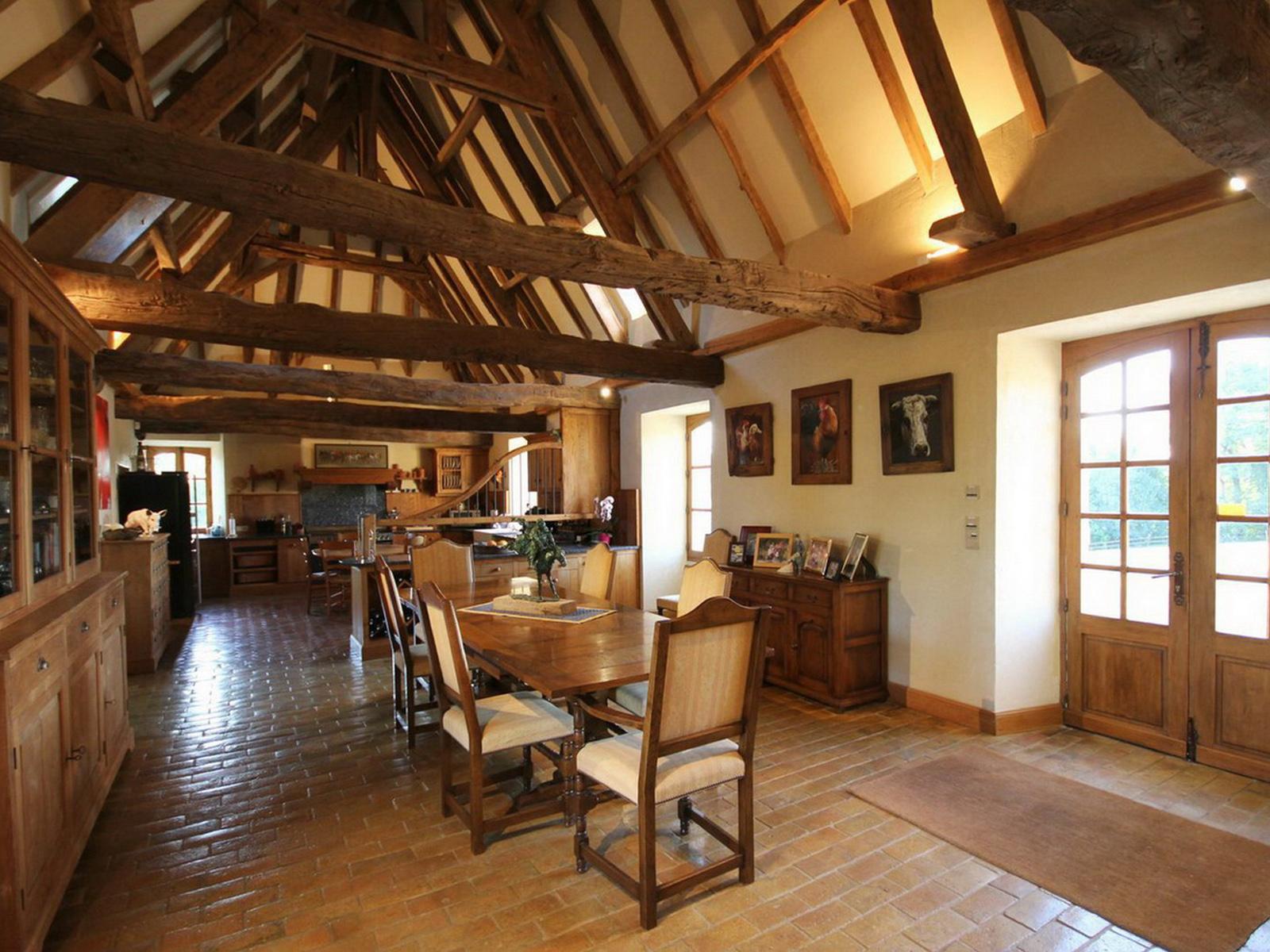 Property Of 18th CENTURY MANOR, 170 ACRES ESTATE, BERGERAC