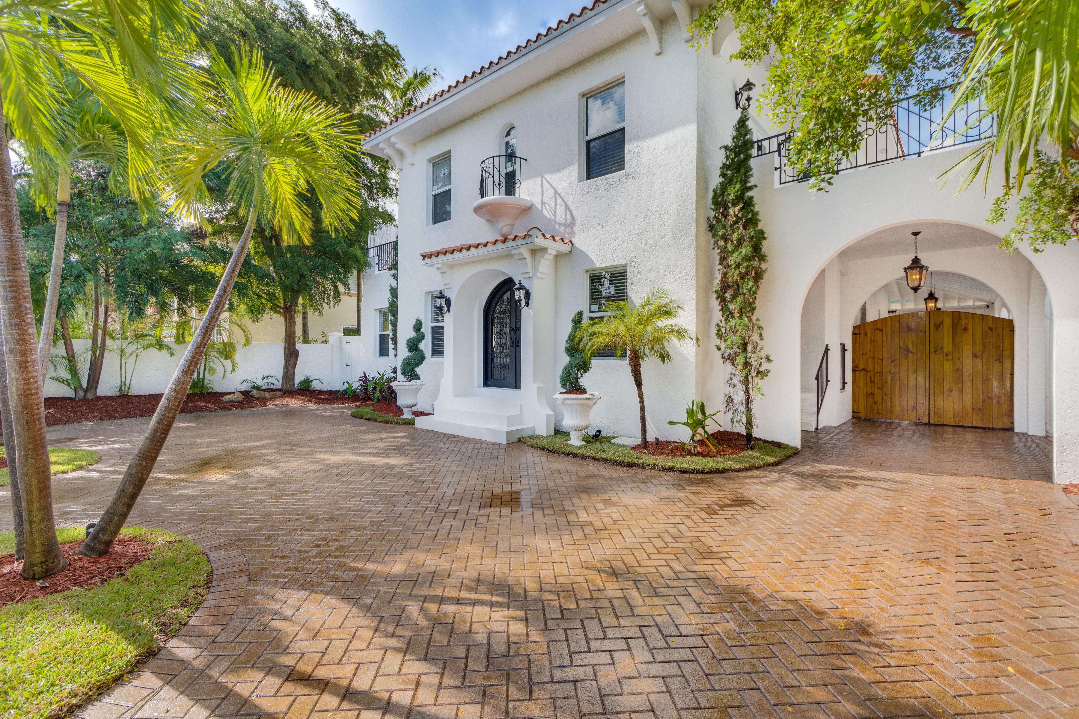 Villa per Vendita alle ore 2484 Prairie Ave Miami Beach, Florida 33140 Stati Uniti