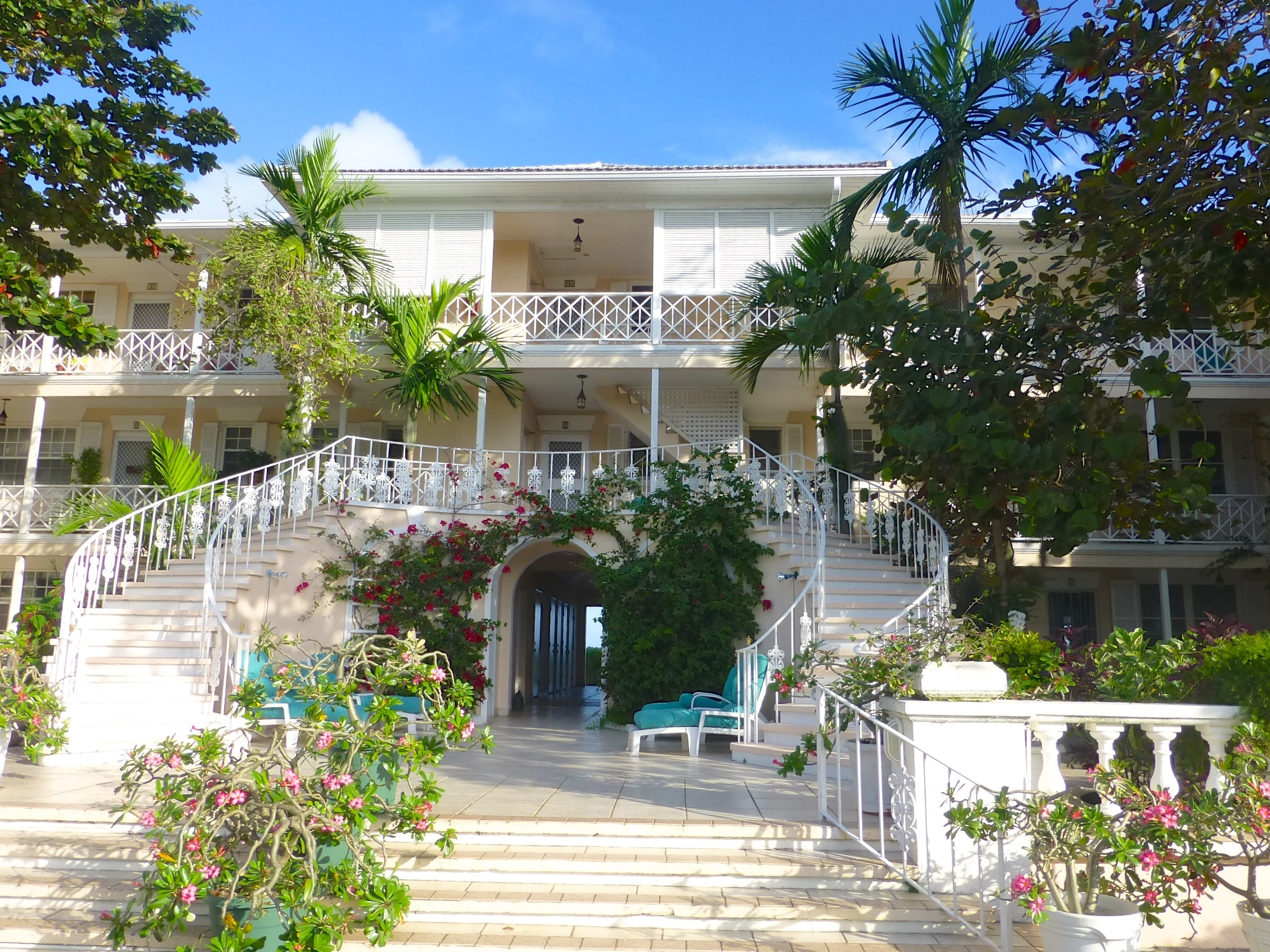 Additional photo for property listing at A Select Community with Valued Beachfront Islands Club, Cable Beach, Nueva Providencia / Nassau Bahamas