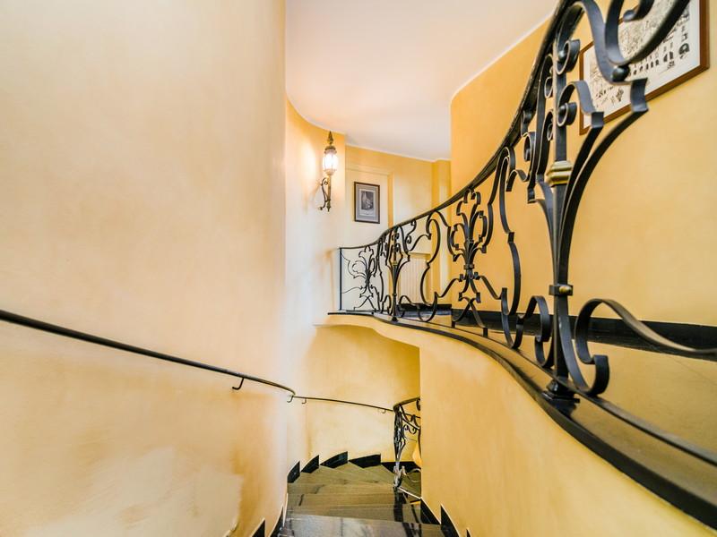 Additional photo for property listing at One-Of-A-Kind Pieds Dans L'Eau Villa in Portofino  Portofino, Genoa 16034 Italie
