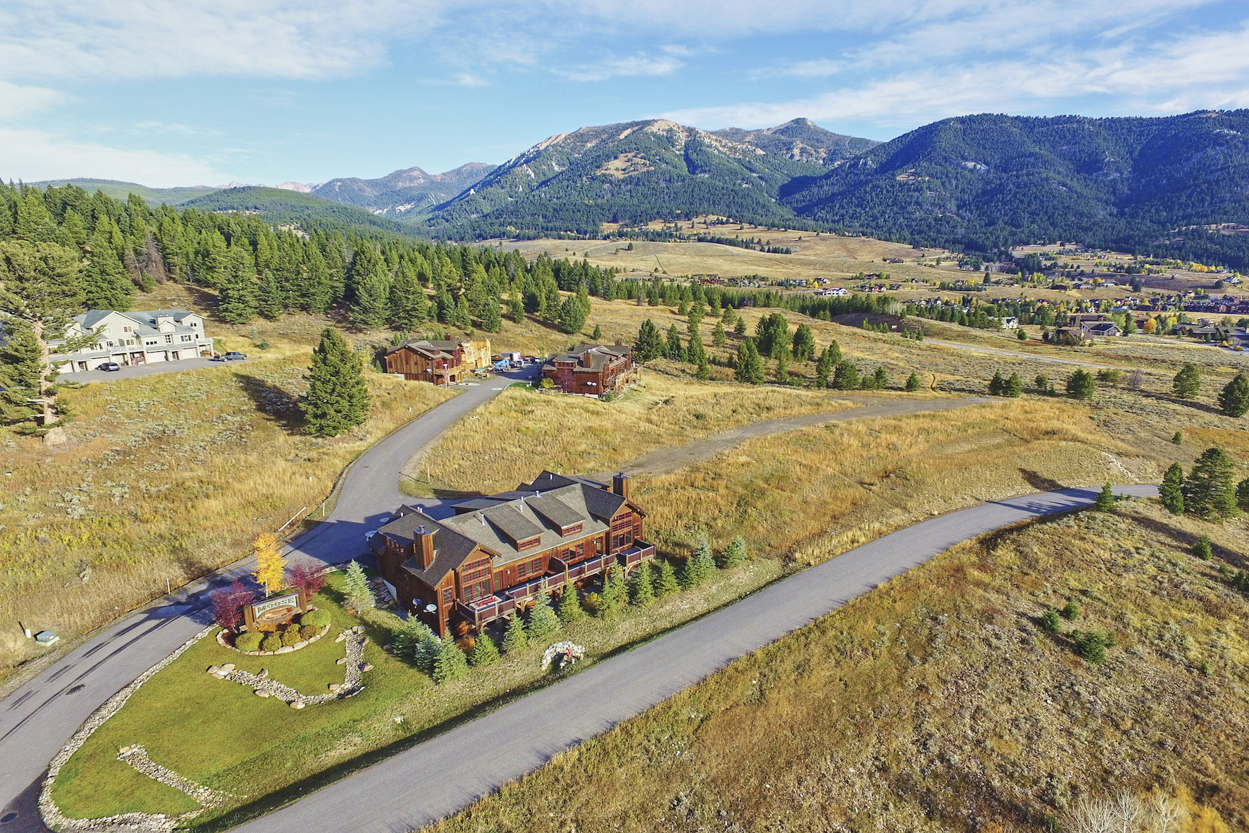 Condominio por un Venta en Moose Ridge Condominiums 29 Upper Moose Hill Road Moose Ridge Condominium 29 Big Sky, Montana, 59716 Estados Unidos