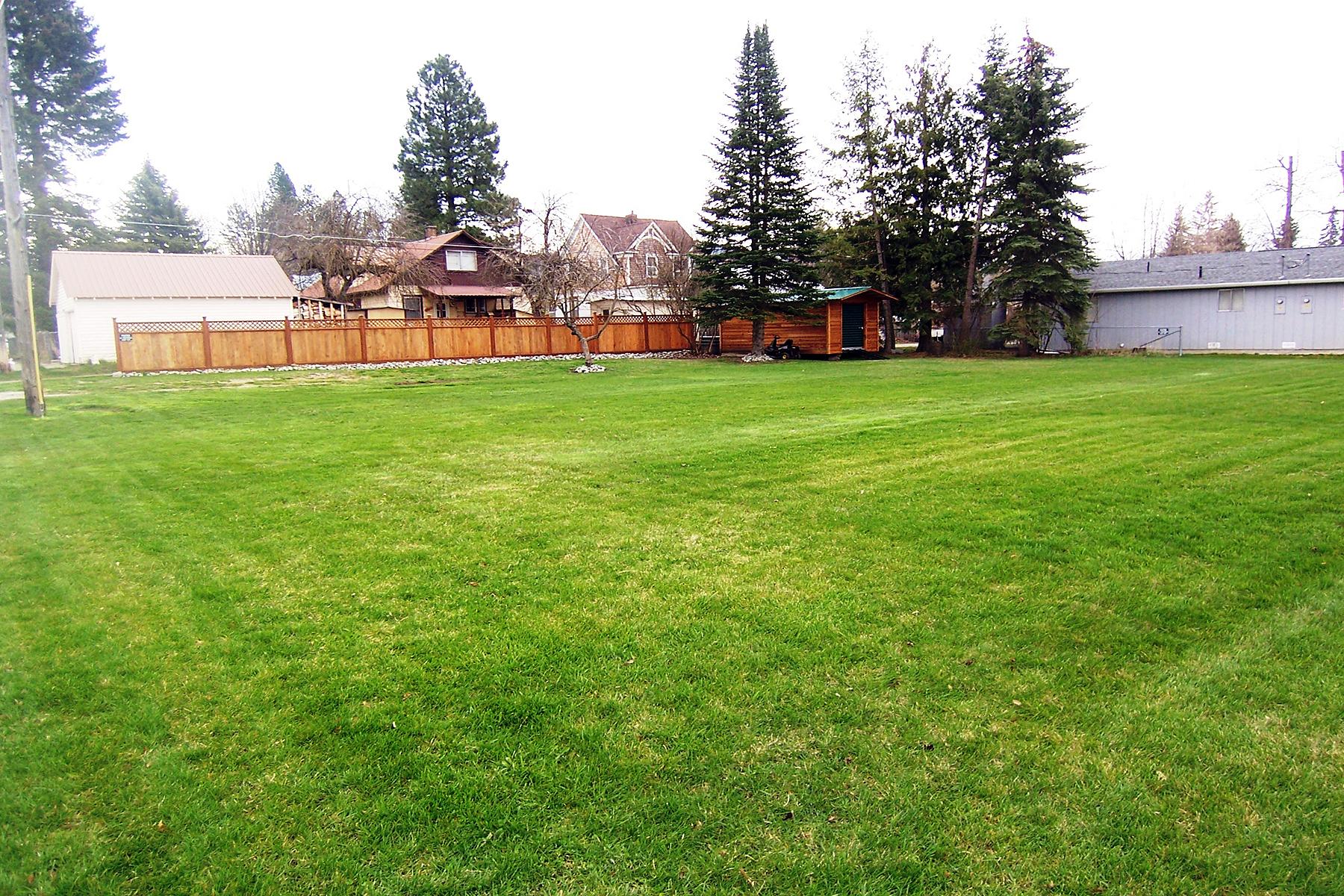 Terrain pour l Vente à Location Lot in South Sandpoint NNA Third Ave Sandpoint, Idaho, 83864 États-Unis