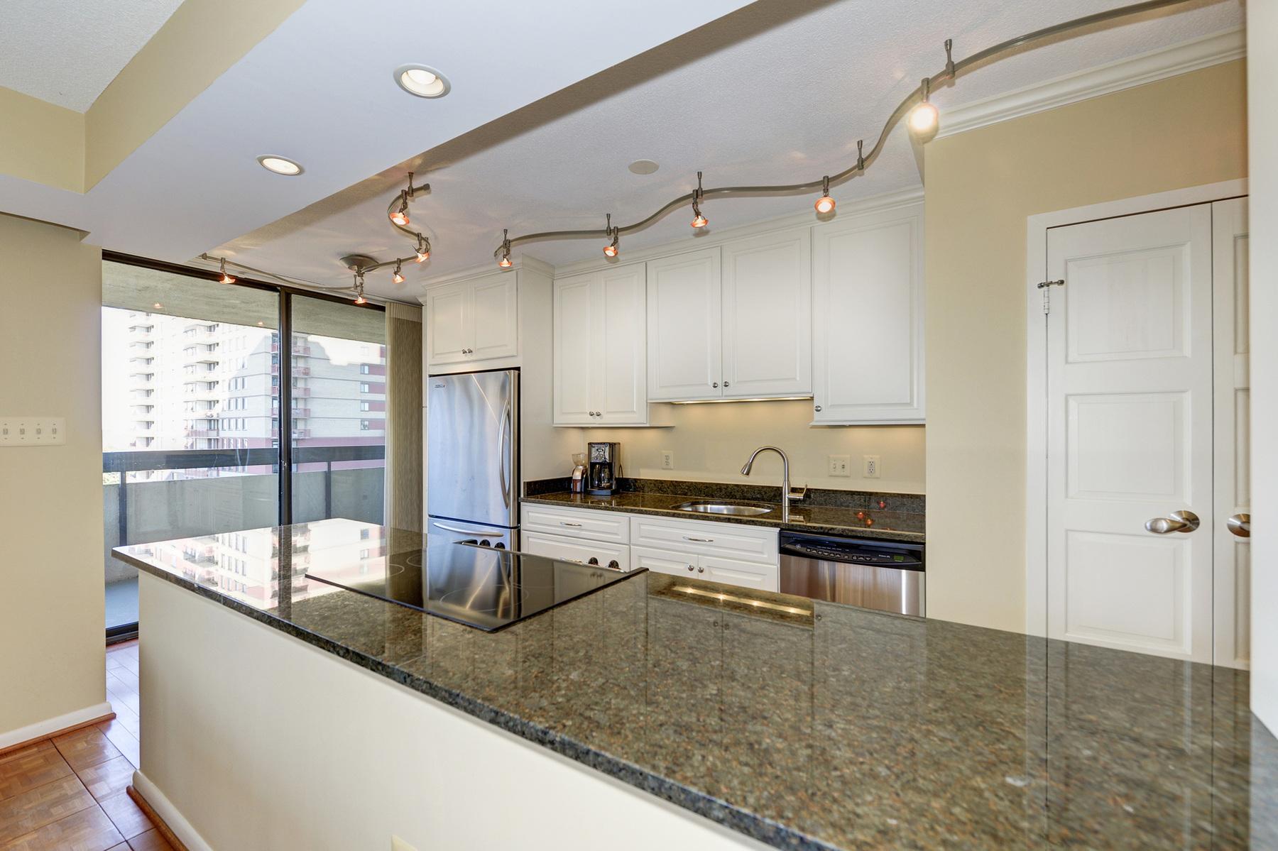 Condominium for Sale at Old Town Alexandria 400 Madison St 704 Alexandria, Virginia 22314 United States