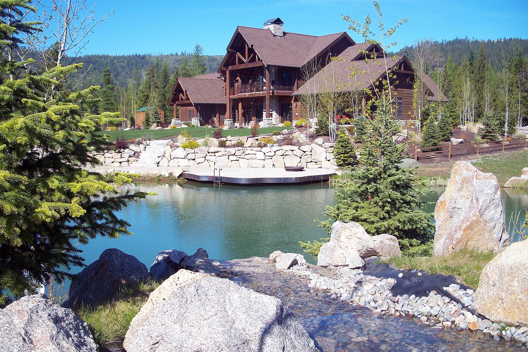 """独户住宅 为 销售 在 """"North Idaho Dream Home"""" 那不勒斯, 爱达荷州, 83847 美国"""