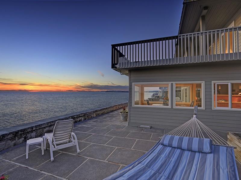 """Maison unifamiliale pour l Vente à Waterfront Home In """"Sandy Point"""" - Ferndale, WA 4139 Sucia Dr Ferndale, Washington 98248 États-Unis"""