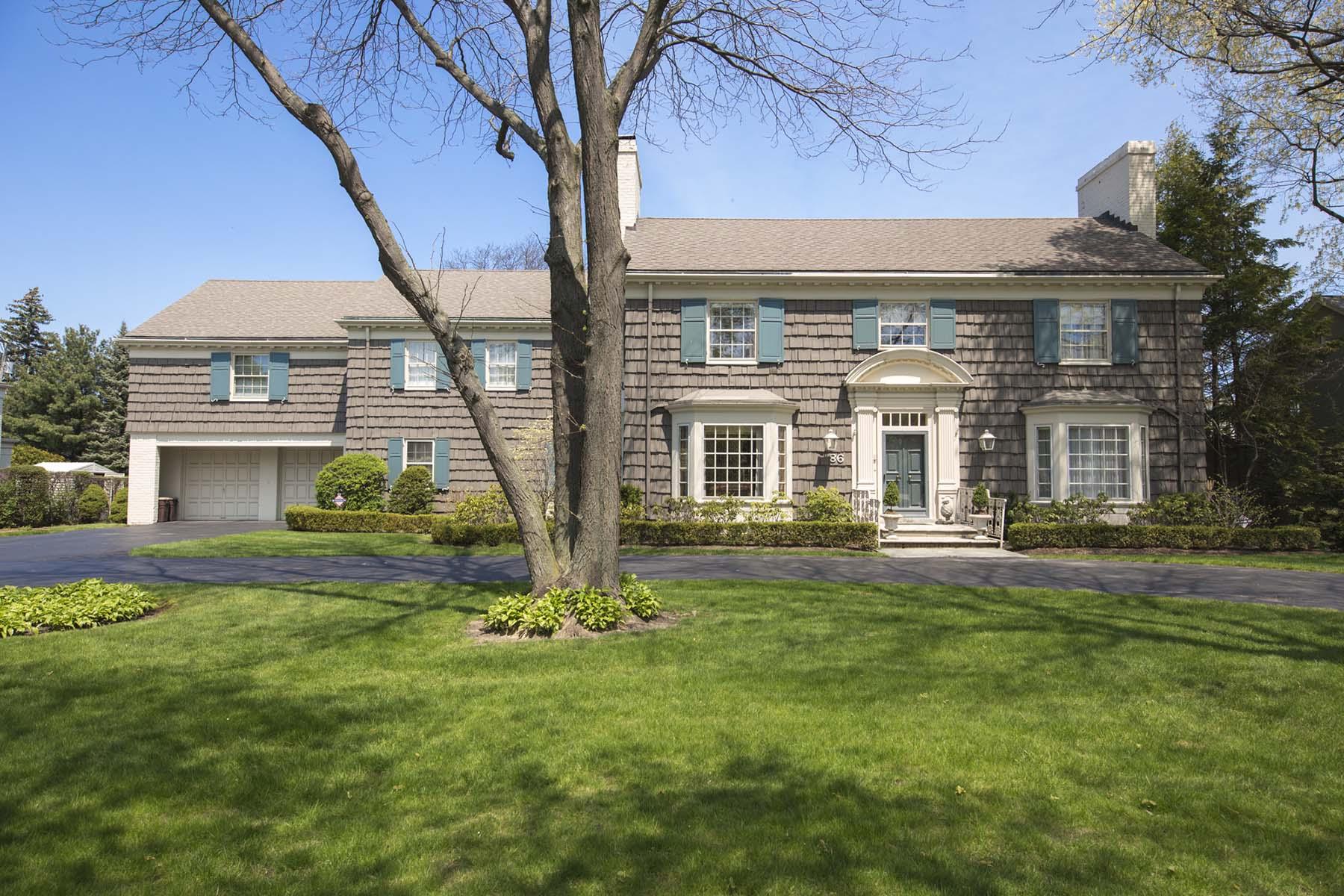 Maison unifamiliale pour l Vente à Grosse Pointe Shores Village 86 Renaud Grosse Pointe, Michigan, 48236 États-Unis