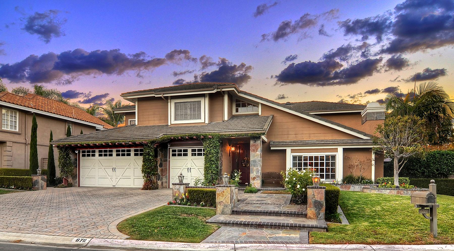 Single Family Home for Sale at 6711 Shetland Circle Huntington Beach, California, 92648 United States