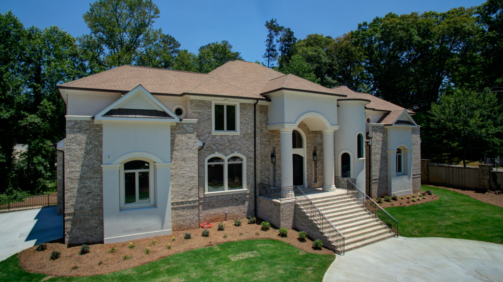 Casa para uma família para Venda às Majestic Masterpiece in Audubon Estates 1320 Audubon Court SW Atlanta, Geórgia, 30311 Estados Unidos