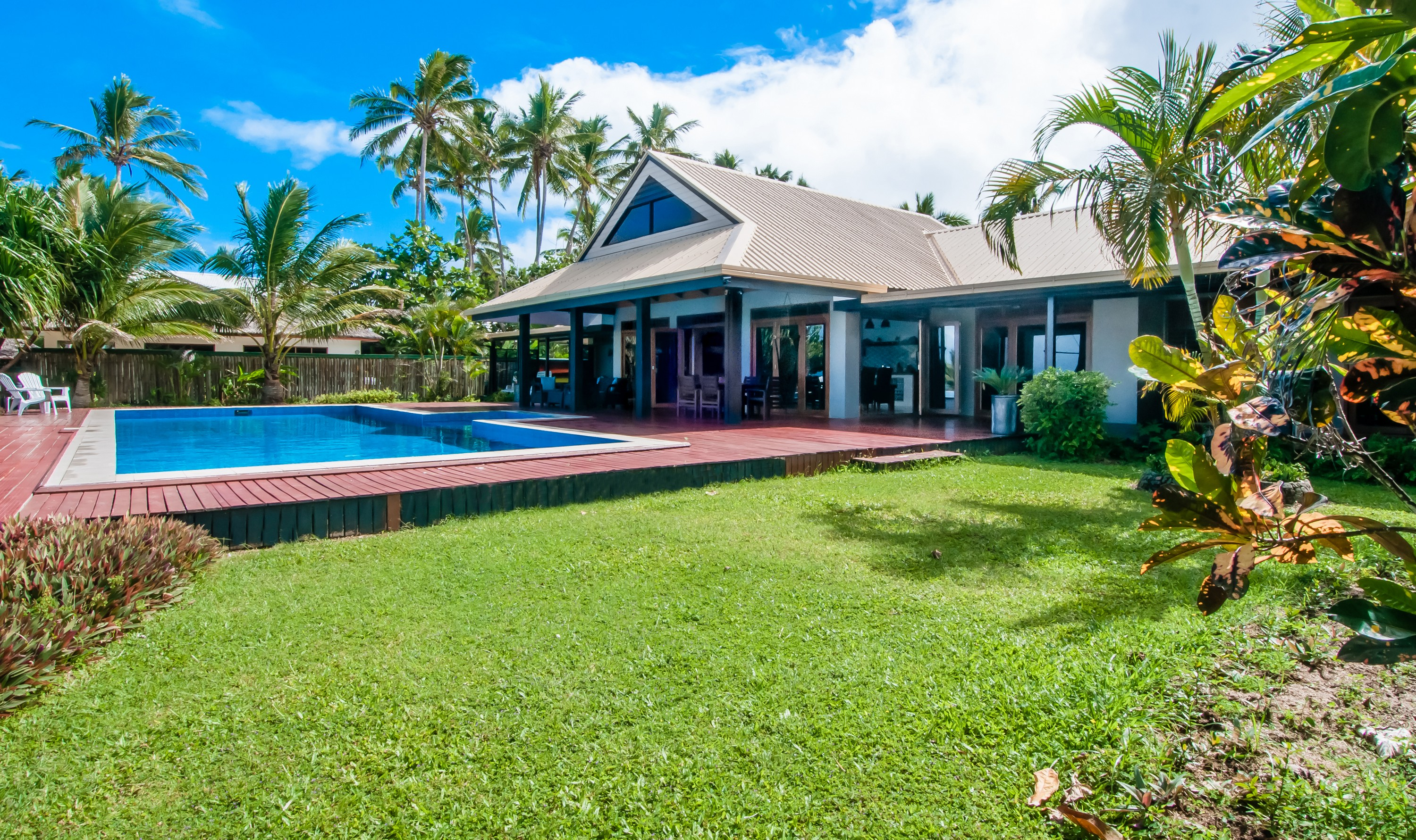 sales property at Maui Beach Estate