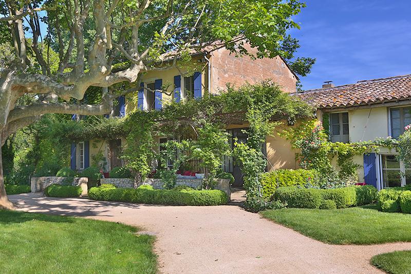 一戸建て のために 売買 アット Family farmhouse place du chateau Gordes, プロバンス=アルプ=コート・ダジュール 84220 フランス