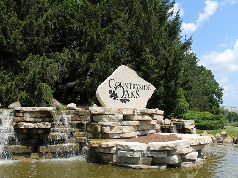 Terrain pour l Vente à 26668 N Middleton Parkway Mundelein, Illinois, 60060 États-Unis