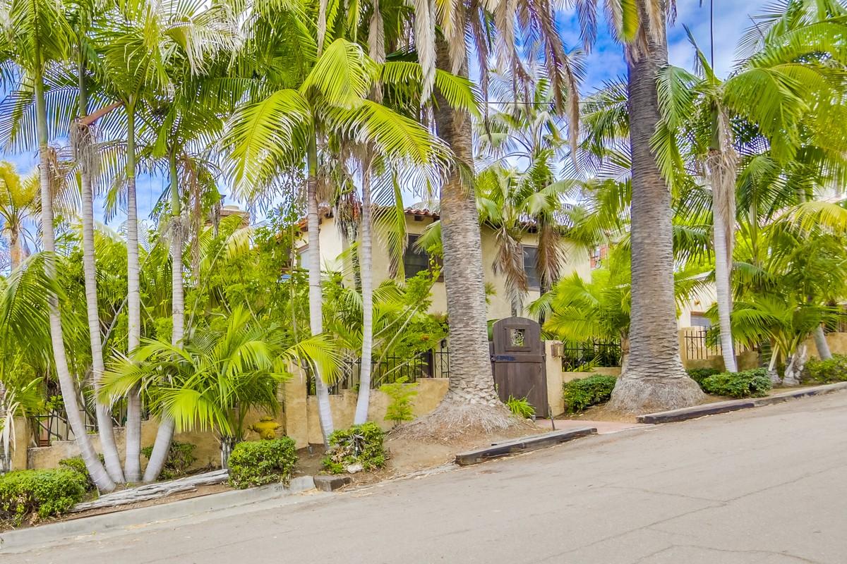 Vivienda unifamiliar por un Venta en 3011 Udall Street Loma Portal, San Diego, California 92106 Estados Unidos