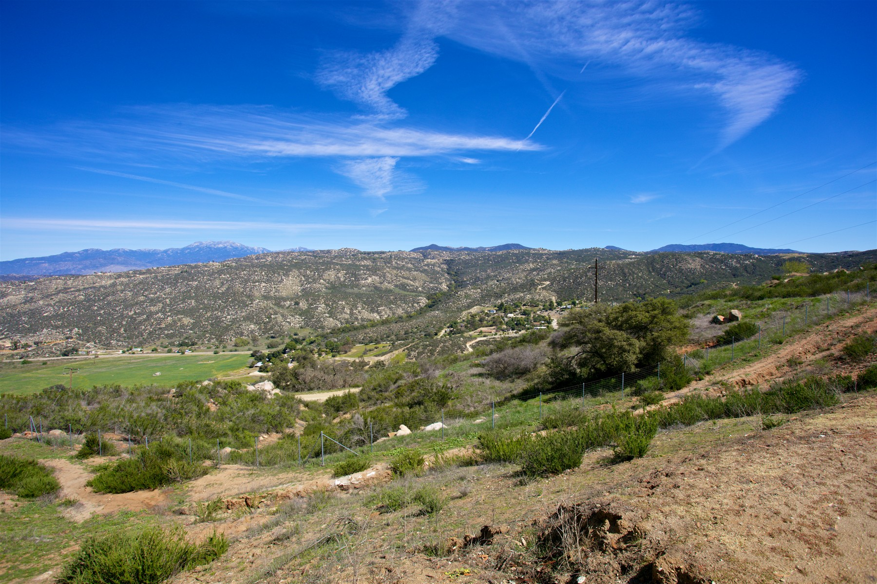 Additional photo for property listing at 34125 Contento Drive  Hemet, Californie 92544 États-Unis