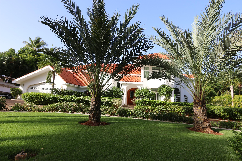 sales property at Bahia Minitas 1