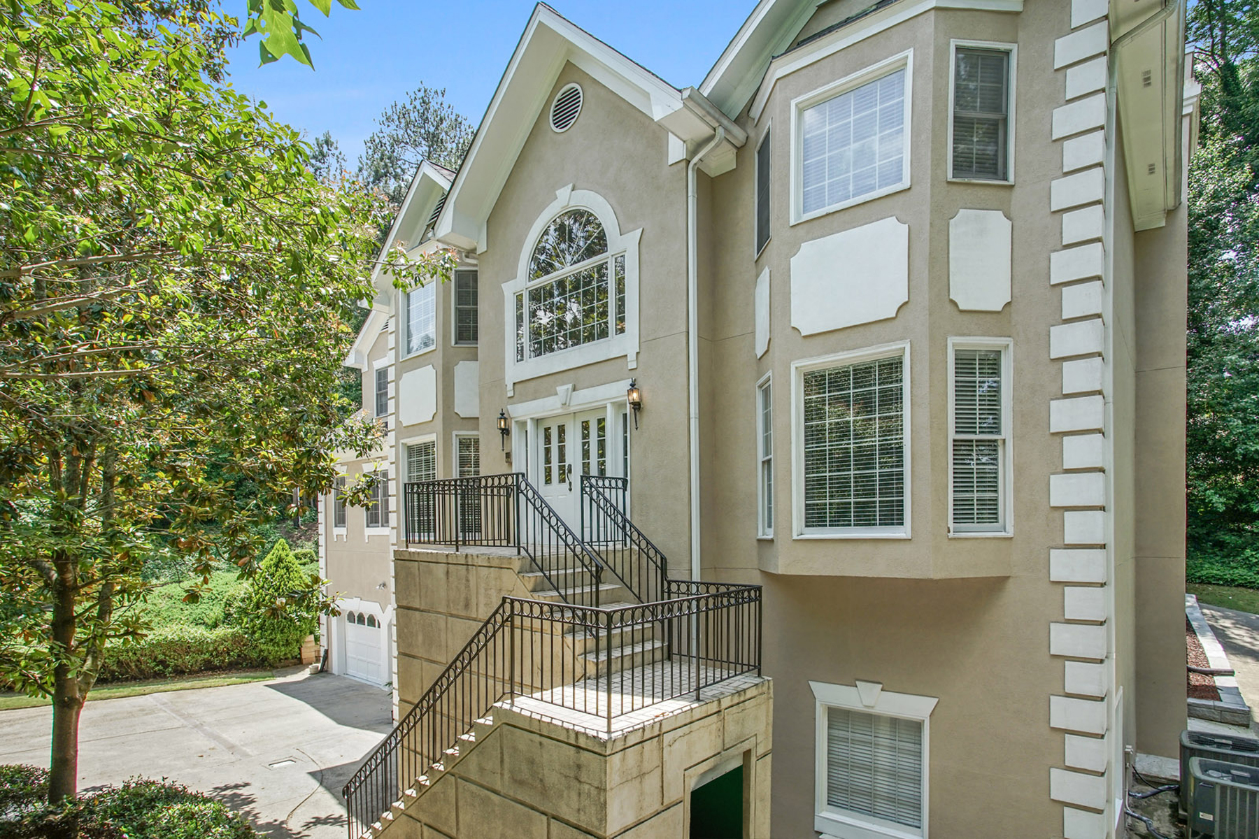 open-houses property at Beautiful Home On Quiet Cul-de-sac