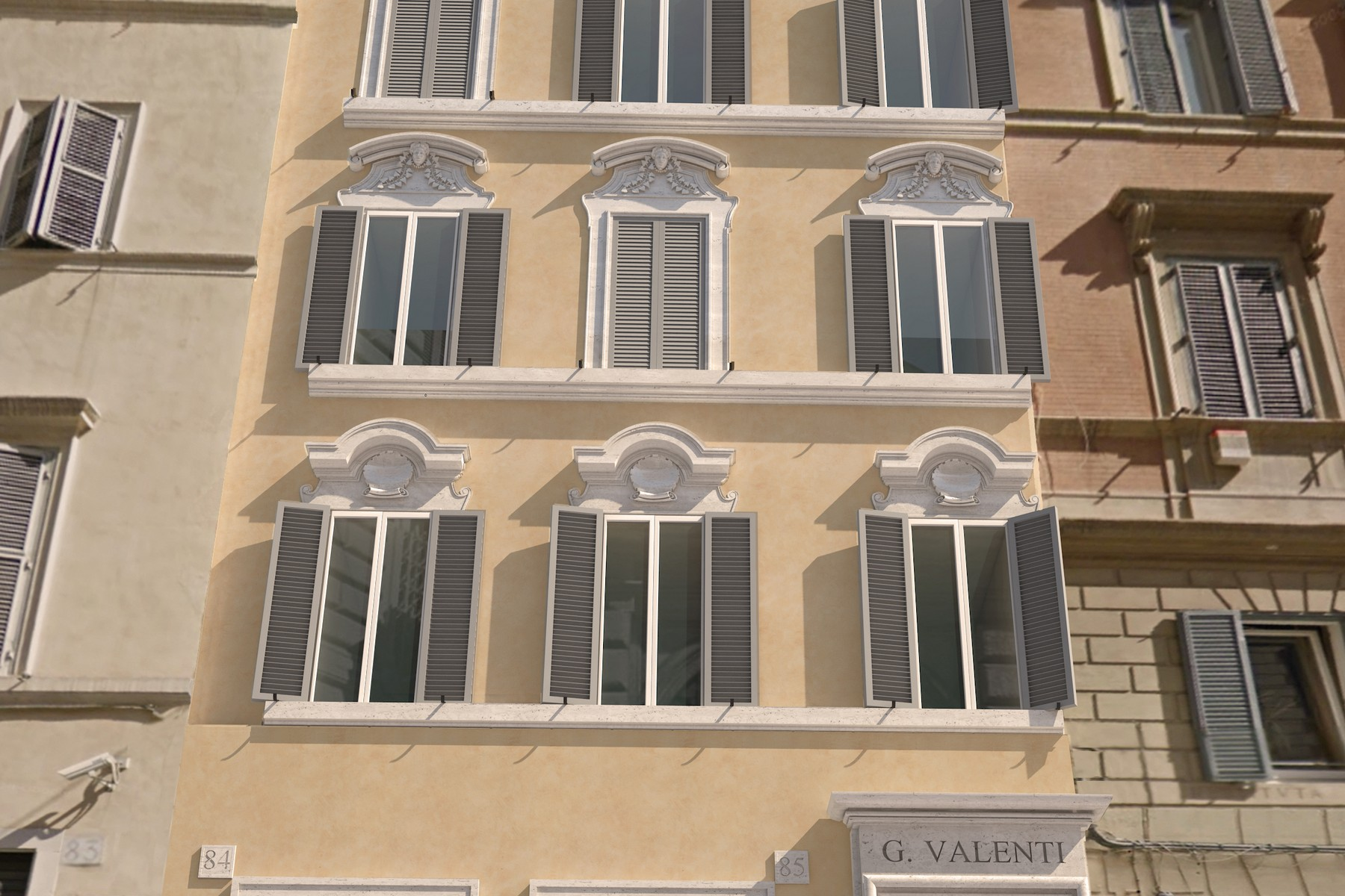 Additional photo for property listing at Prestigious apartments in historic building totally restored Rome, Rome Italien