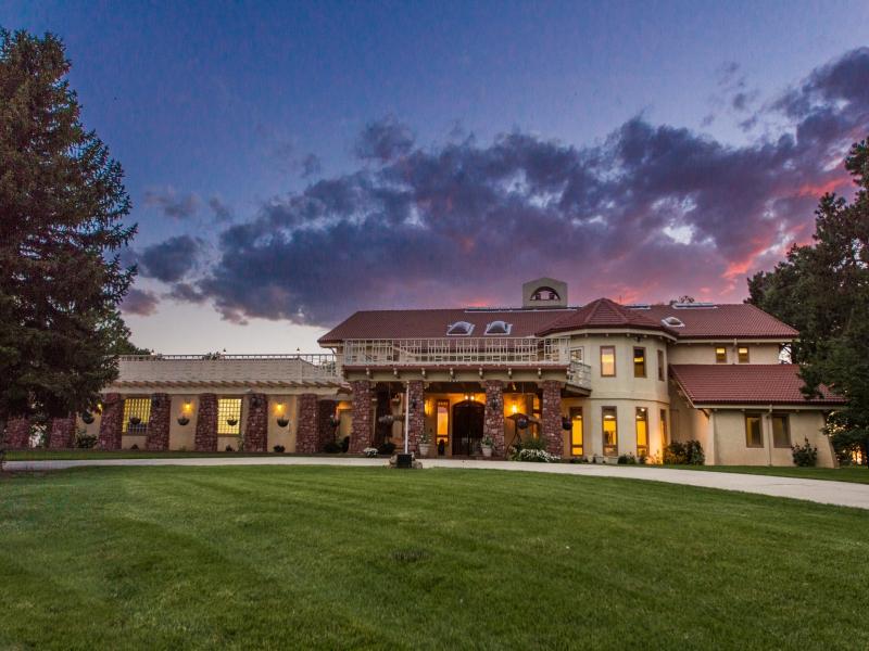 Fazenda / Rancho / Plantação para Venda às 2335 Judge Orr Rd 23355 Judge Orr Rd Calhan, Colorado, 80808 Estados Unidos