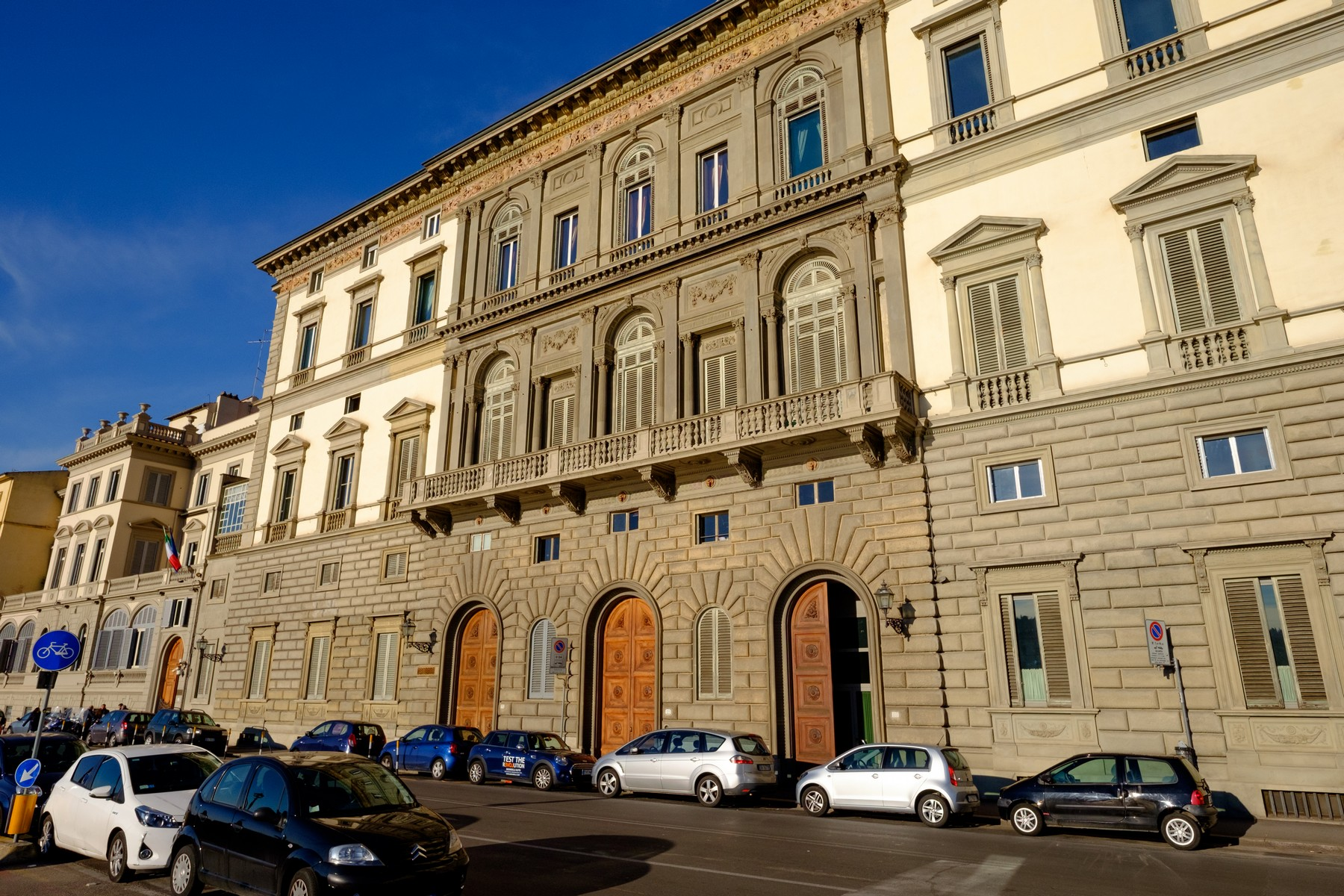 Vivienda unifamiliar por un Venta en Splendid apartment on the river Firenze, Florence Italia