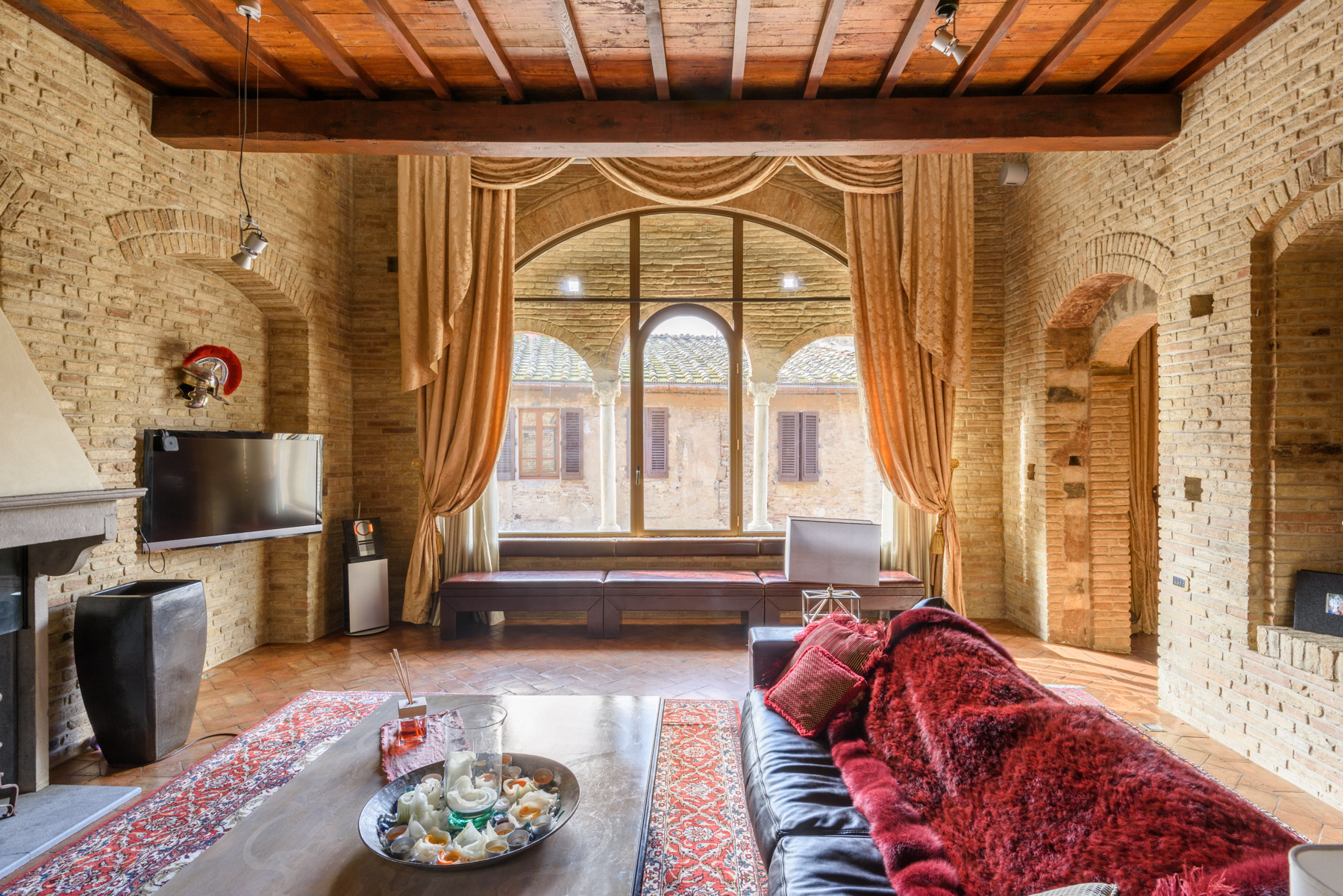 Apartment for Sale at Medieval Tower in the center of San Gimignano Vicolo delle Vergini San Gimignano, 53037 Italy
