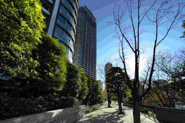 sales property at Tokyo Twin Parks Right-Wing 30th floor