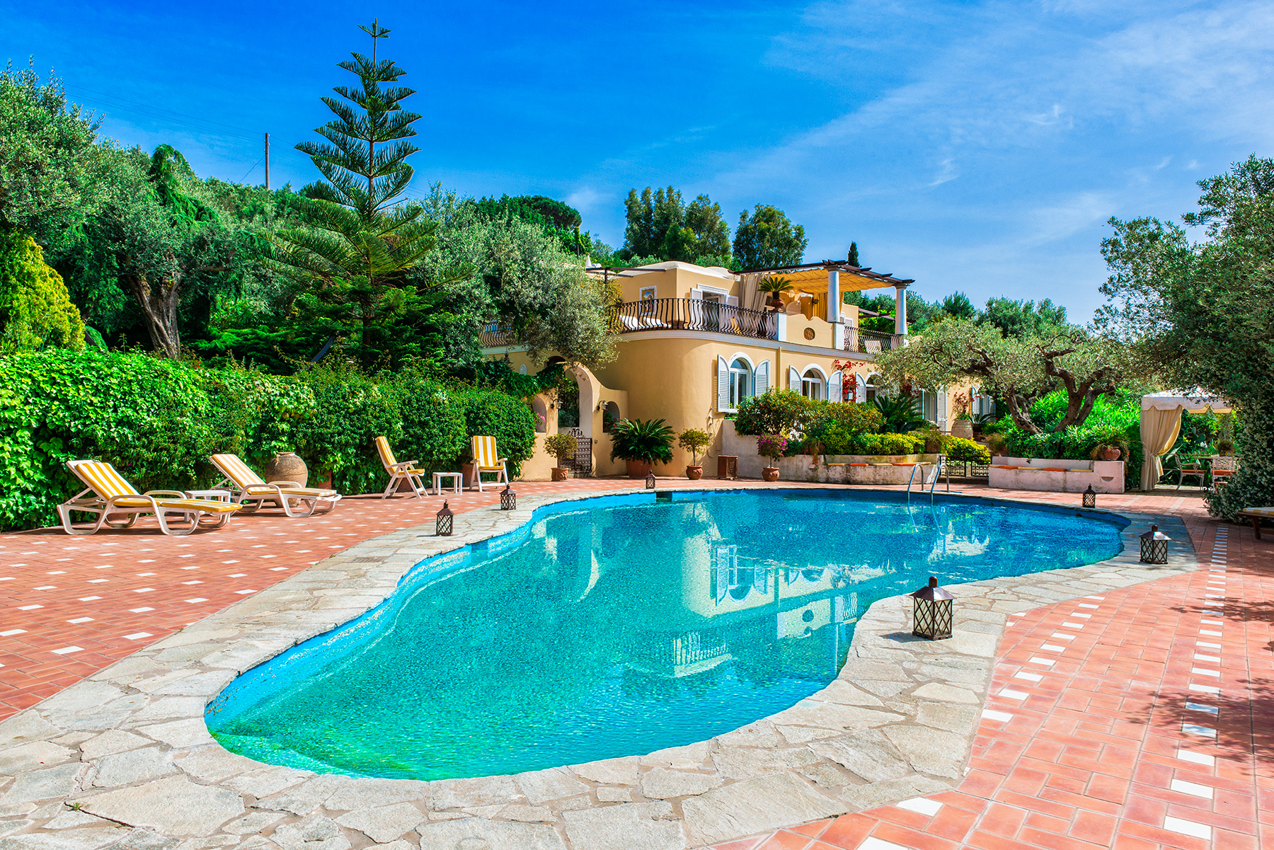 Single Family Home for Sale at Elegant villa with pool in Anacapri Capri, Naples Italy
