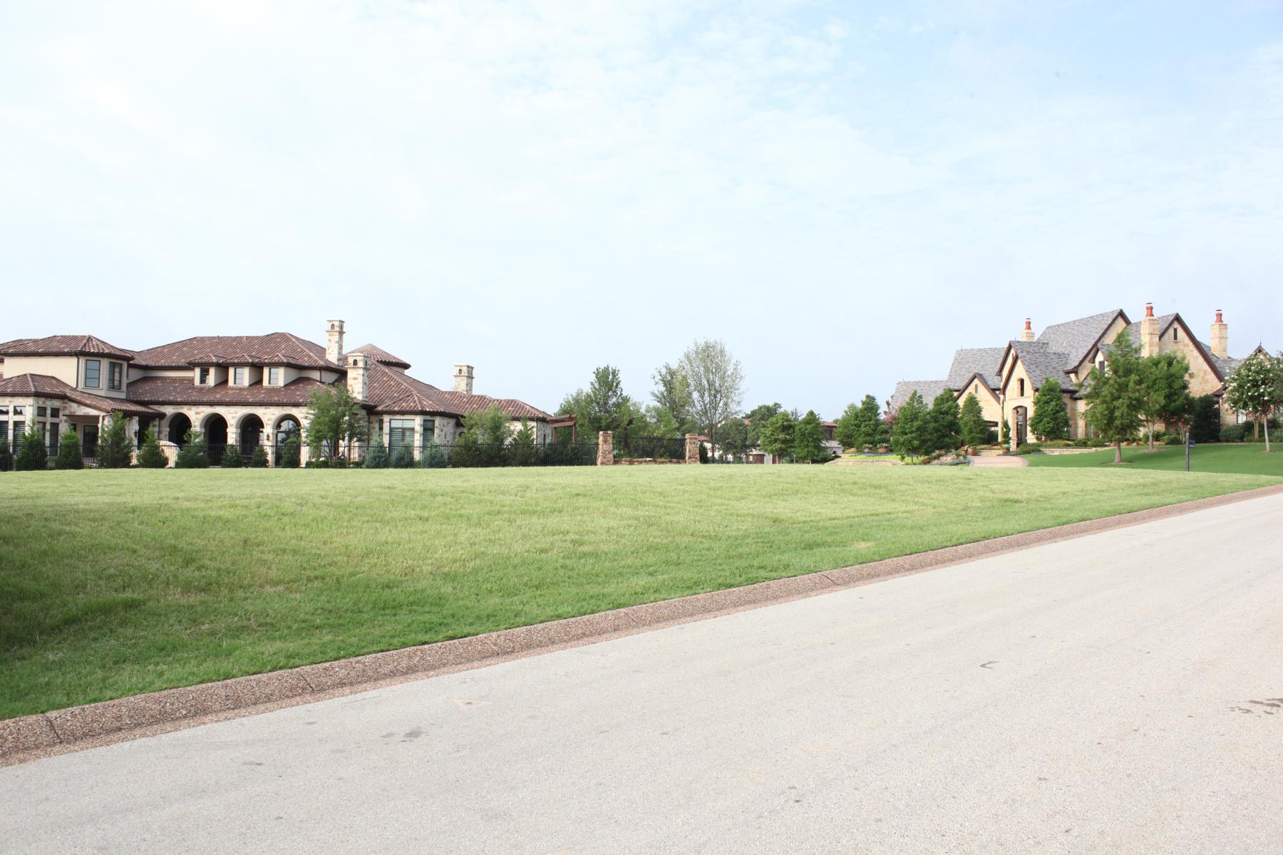 Terrain pour l Vente à Lot in Gated Golf Community 2001 Nighthawk Court Westlake, Texas, 76262 États-Unis