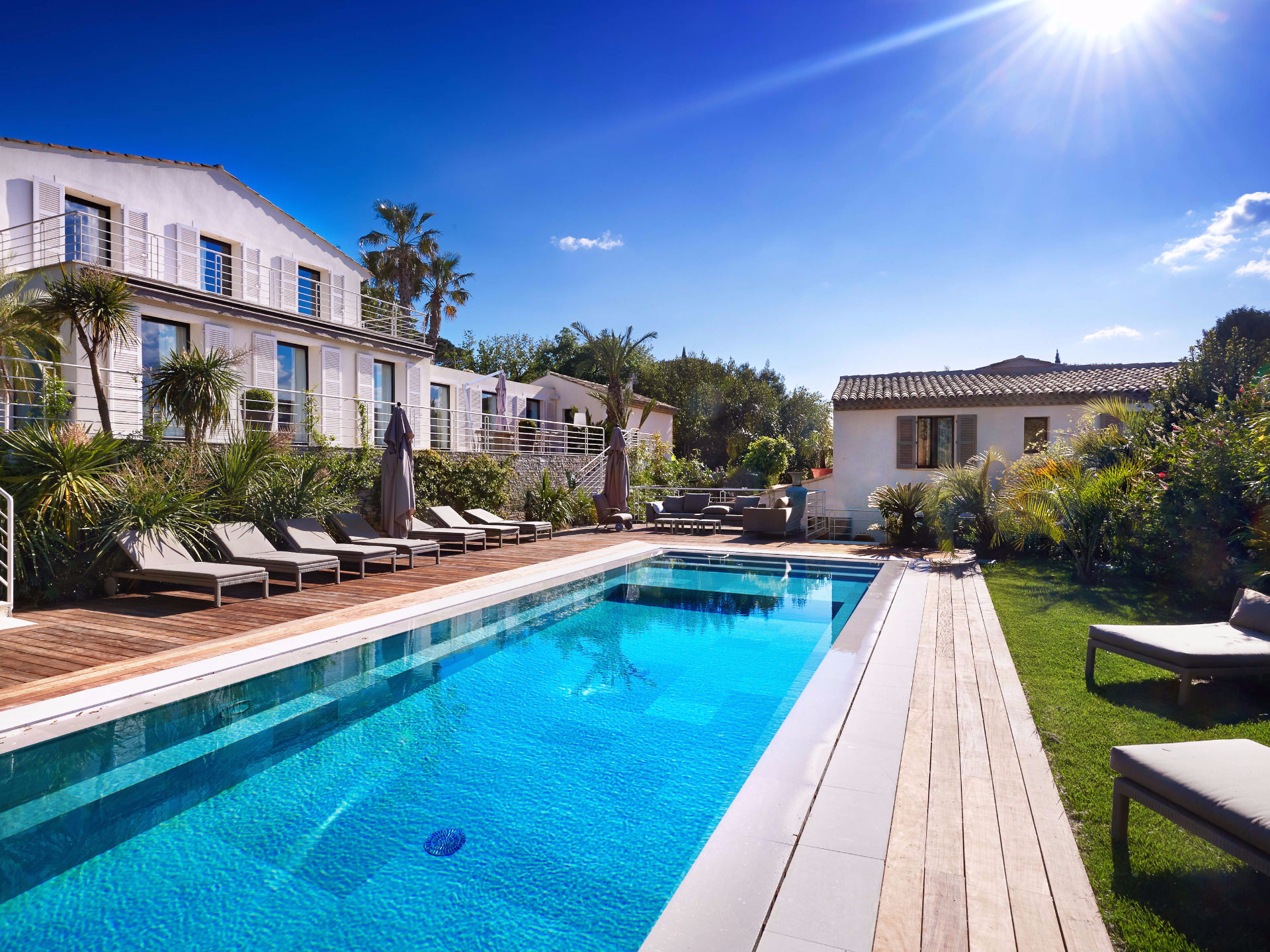 Single Family Home for Sale at Modern Townhouse with breathtaking sea view Saint Tropez Saint Tropez, Provence-Alpes-Cote D'Azur, 83990 France