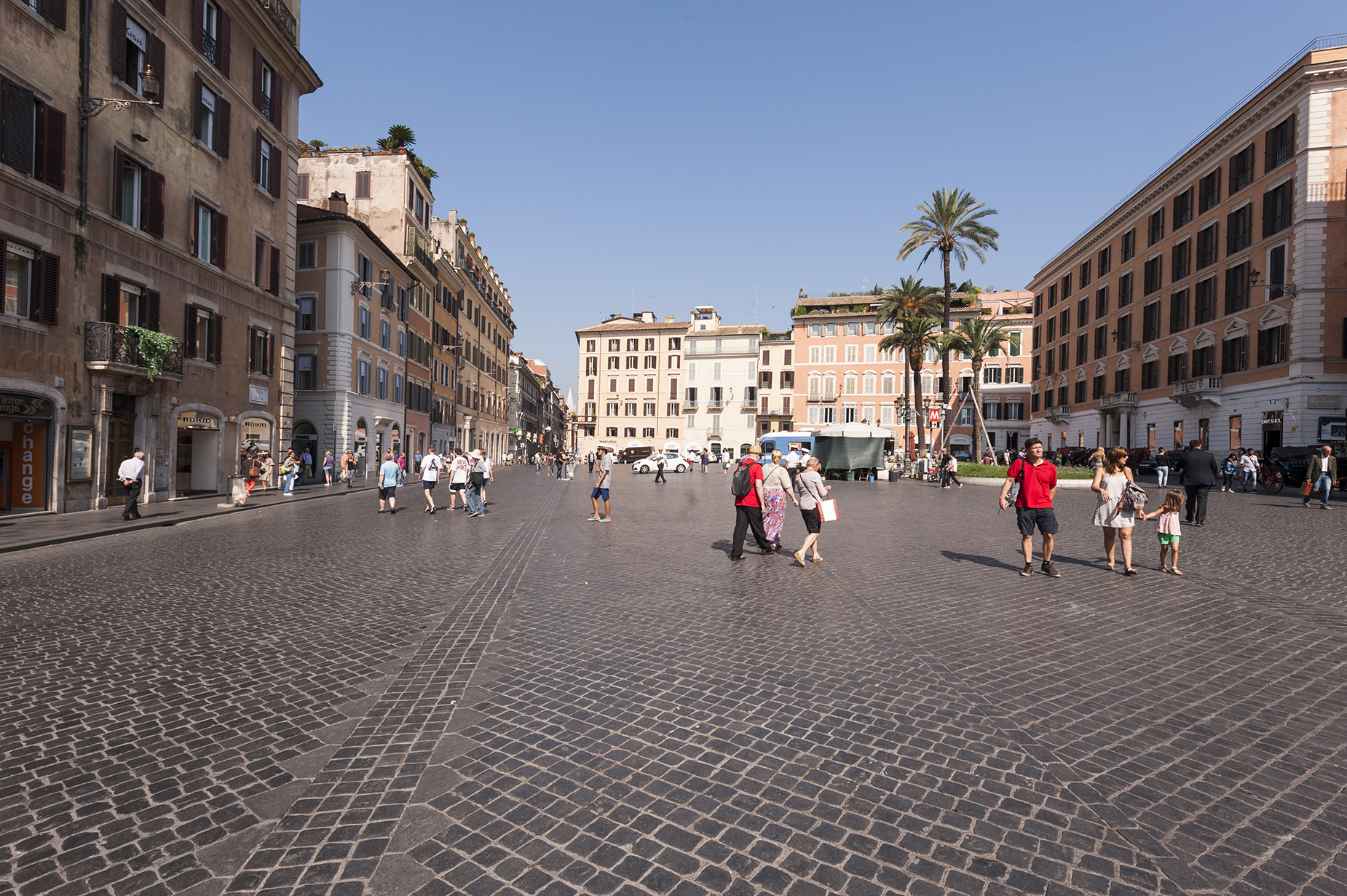 Additional photo for property listing at Magnifico appartamento affacciato su Piazza di Spagna Rome, Roma Italia