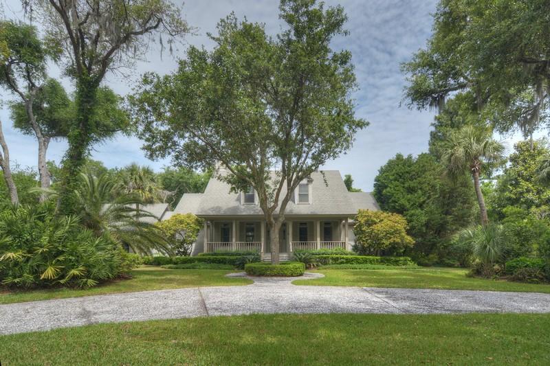 Maison unifamiliale pour l Vente à 5207 Oglethorpe Avenue Sea Island, Georgia 31561 États-Unis