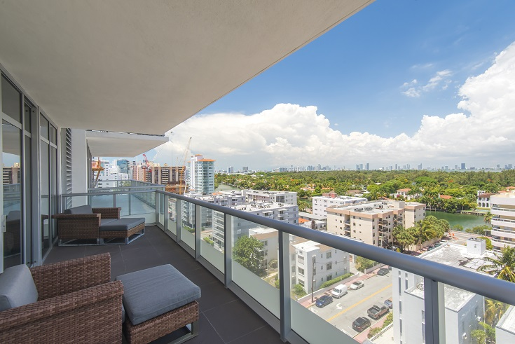 Single Family Home for Sale at 3737 Collins Ave #S-1004 Miami Beach, Florida 33140 United States