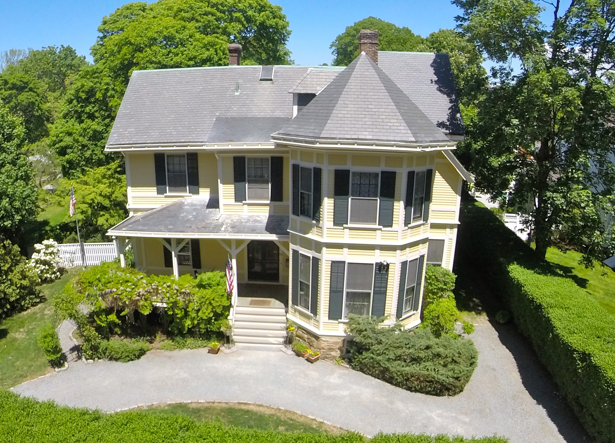 Single Family Home for Sale at Bellevue Court 3 Bellevue Court Newport, Rhode Island 02840 United States