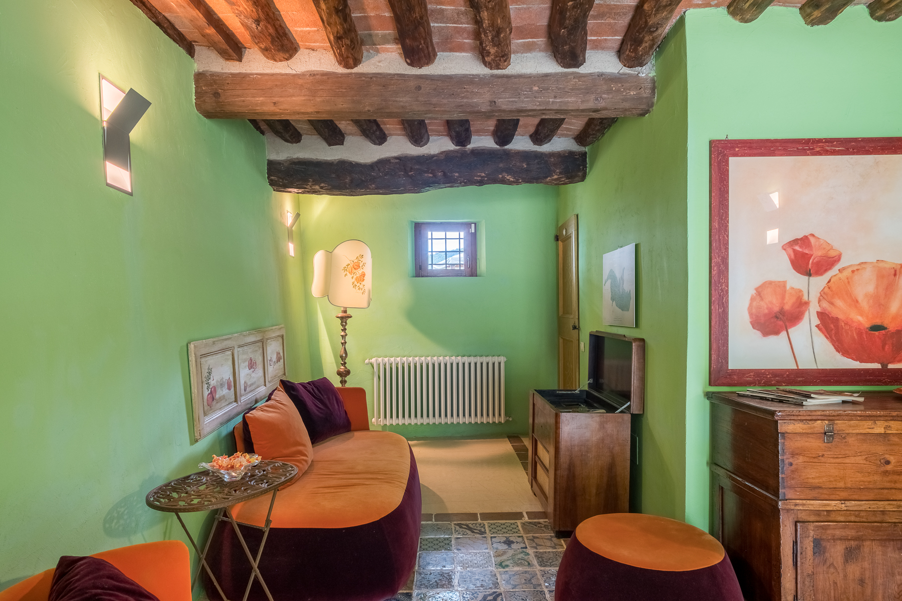 Additional photo for property listing at Traditional country house near Florence Via di Vara e Lonciano Sesto Fiorentino, Florence 50019 Italien