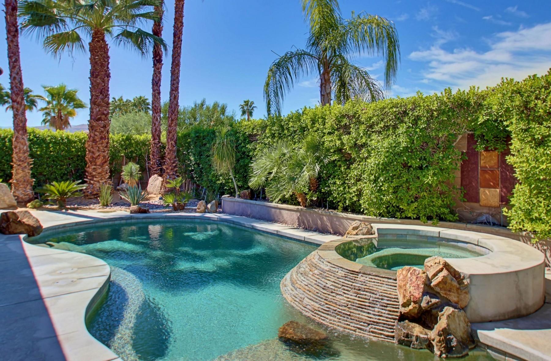 Villa per Vendita alle ore 36297 Da Vinci Drive Cathedral City, California 92234 Stati Uniti