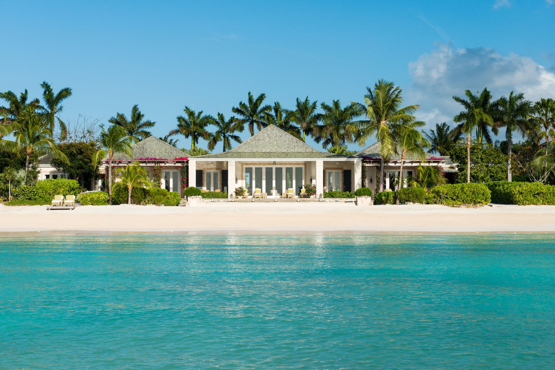 Single Family Home for Sale at Oliver's Cove Beachfront Estate Parrot Cay, Parrot Cay TC Turks And Caicos Islands