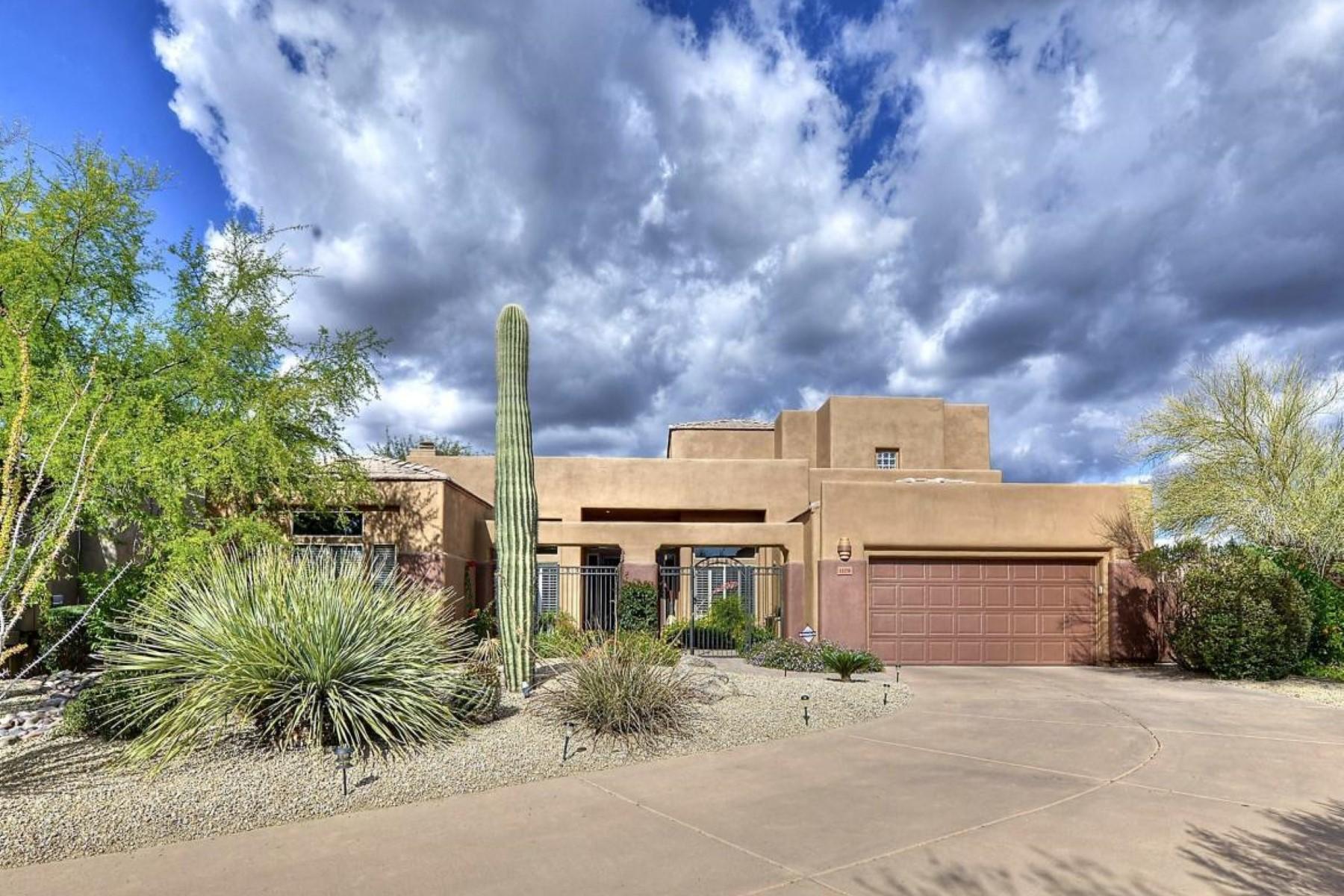 独户住宅 为 销售 在 Stunning move in ready home in Troon North 11178 E Mark Ln 斯科茨代尔, 亚利桑那州, 85262 美国