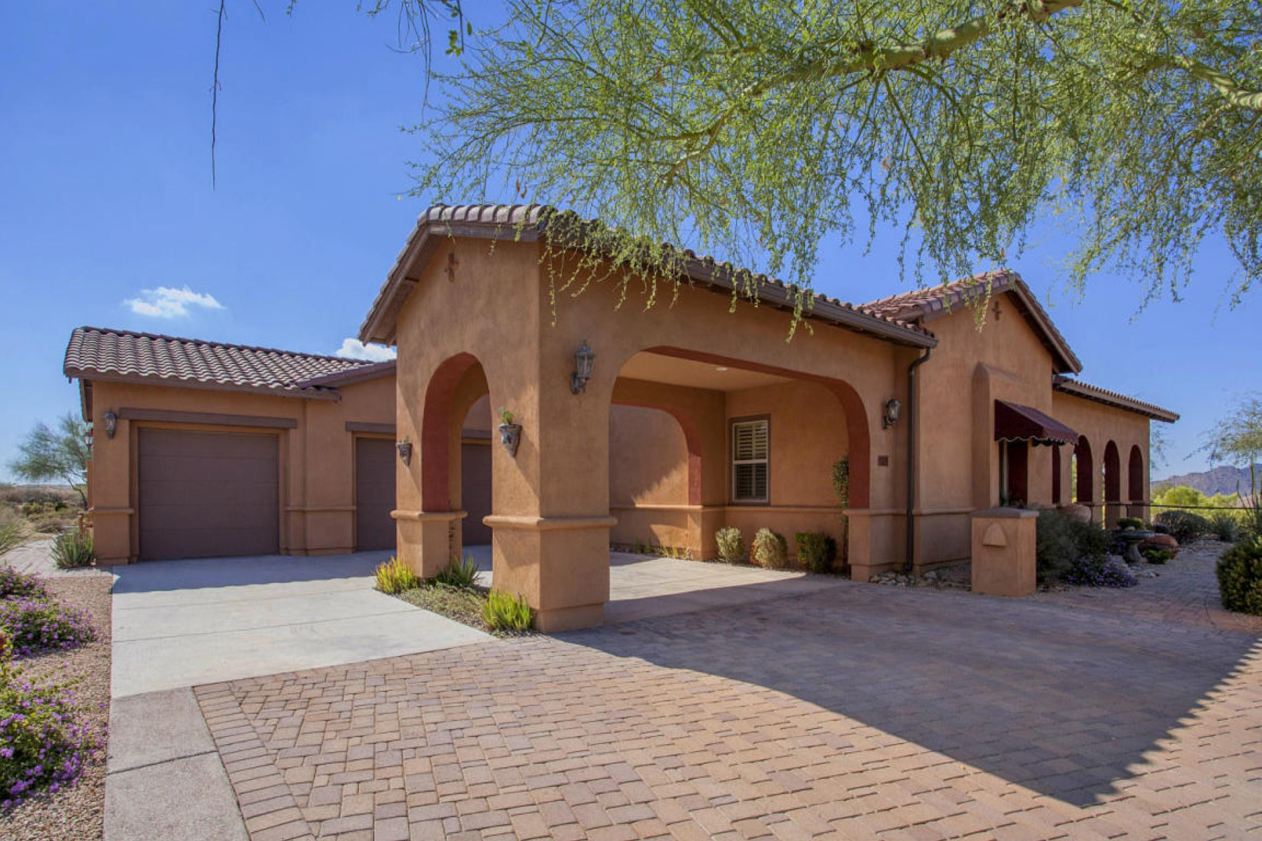 Single Family Home for Sale at Immaculate and impeccably maintained Scottsdale home 9715 E Allison Way Scottsdale, Arizona, 85262 United States